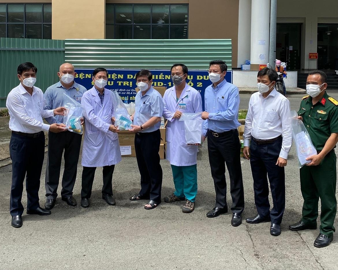 Công ty TNHH MTV Dược Sài Gòn đóng góp hơn 39.000 phần quà  ủng hộ phòng, chống dịch Covid-19