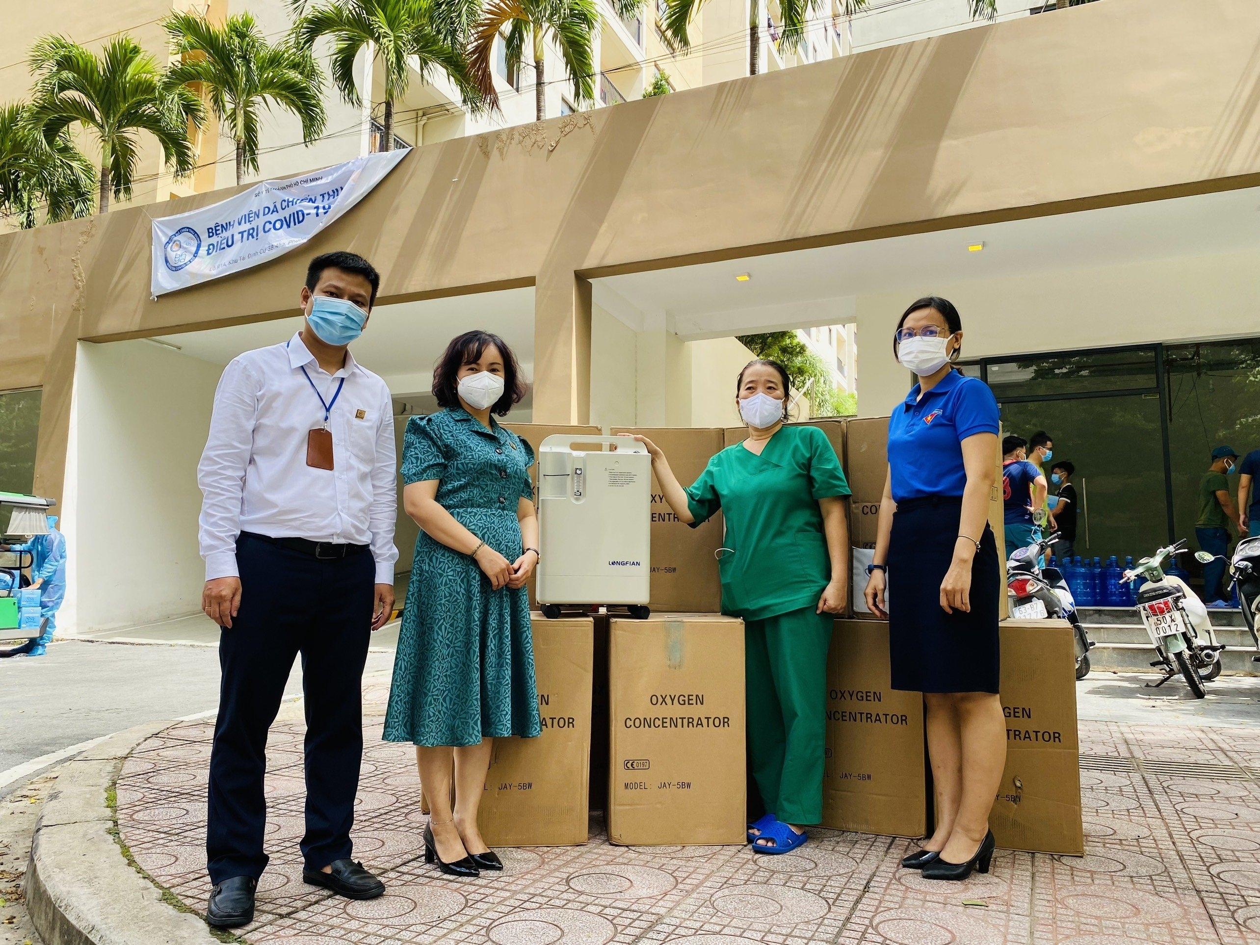 Công ty TNHH MTV Dược Sài Gòn trao tặng 30 máy tạo Oxy hỗ trợ công tác phòng chống dịch COVID-19